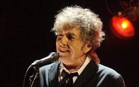 Боб Дилан впервые прокомментировал свою Нобелевскую премию