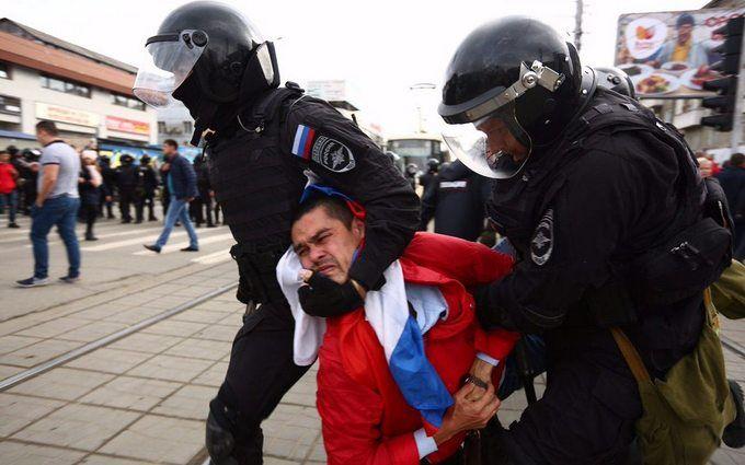 Росія без Путіна: росіяни проводять масштабні акції протесту по всій країні, багато затриманих