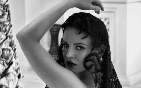 """""""Это тело богини"""": Даша Астафьева ошеломила фанатов пикантными фотографиями"""