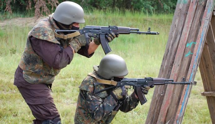На Донбассе погибли более 2 тысяч бойцов - Порошенко