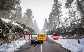 Обильный снегопад вызвал дорожный коллапс в Испании