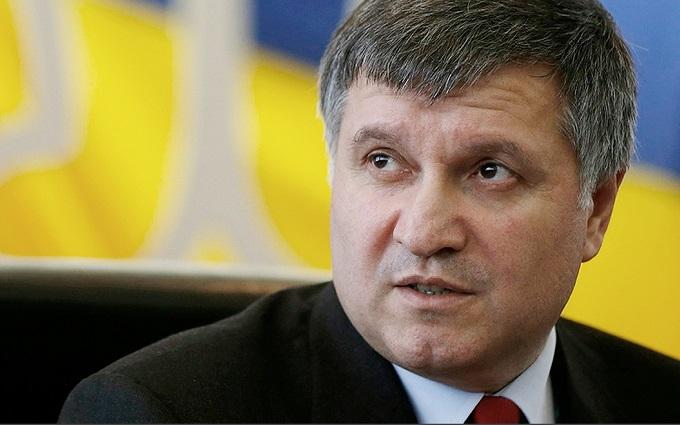 Аваков грубо відповів на звинувачення в бажанні захопити владу в Україні