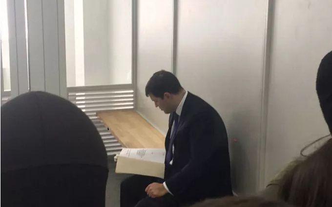 Насиров пожаловался, что нет денег на залог, ему дали совет: появилось видео
