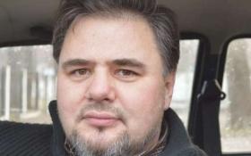 Почався суд над українським журналістом, обвинуваченим в зраді: з'явилися фото