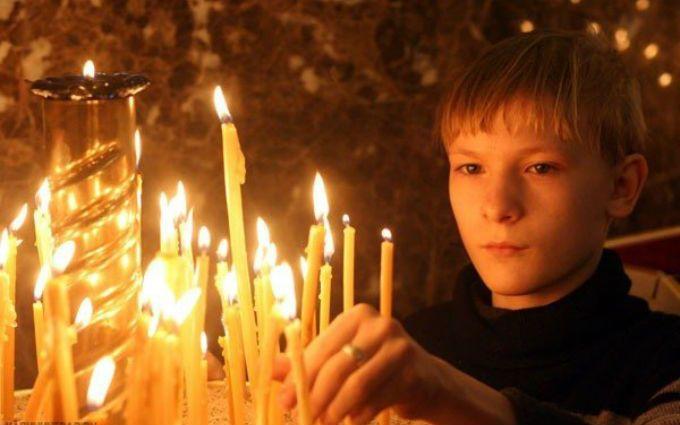 Тысячи жителей Крыма участвовали в ночных пасхальных богослужениях - СМИ
