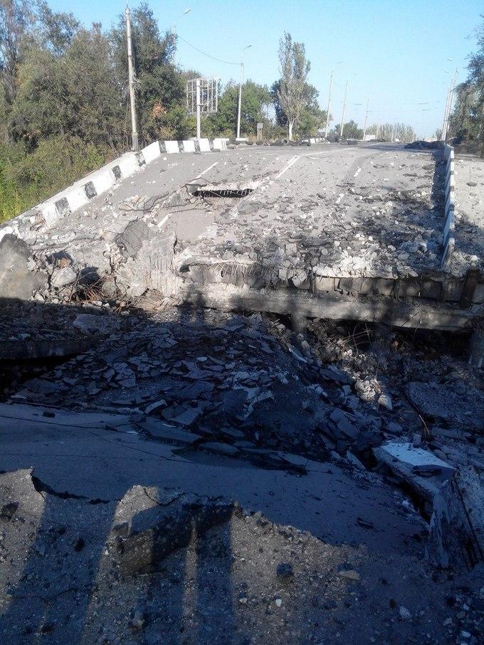 """""""Русский мир"""" в Донецке: опубликованы шокирующие фото из разрушенного города (2)"""