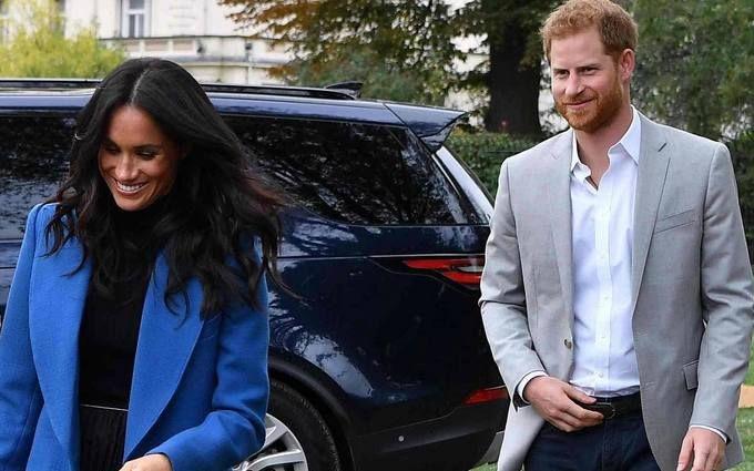 Принц Гарри оконфузился на глазах у Меган Маркл: опубликованы курьезные видео