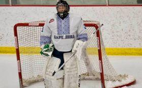 """""""Украинская ночь"""" на хоккейном поле: в Канаде прошла зрелищная игра в вышиванках"""