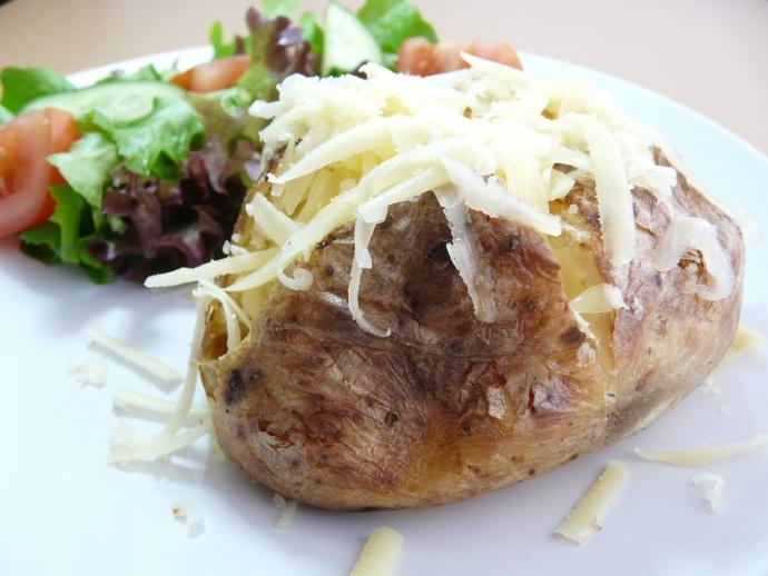 Як запекти картоплю: ТОП-5 цікавих рецептів з різних країн (2)