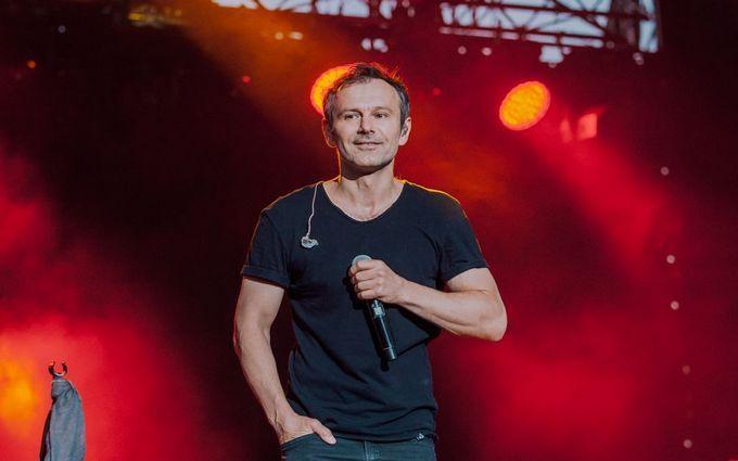 """""""Мурашки бегают до сих пор"""": Вакарчук показал захватывающее видео с концерта в Херсоне"""