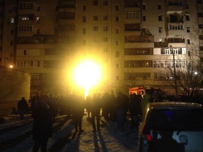 В Сумах произошел мощный взрыв в жилом доме: появились фото, видео и подробности (4)
