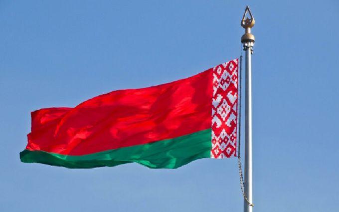 """""""Россия хочет захватить Беларусь"""": Минск жестко ответил на заявление экс-генсека НАТО"""