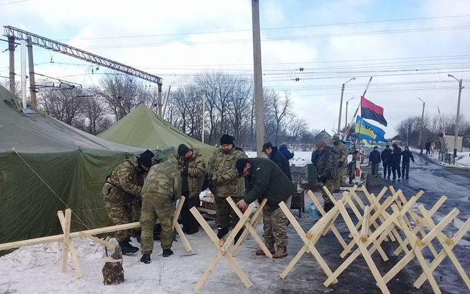 """Блокада Донбасса: росСМИ показали странное видео """"штурма"""""""