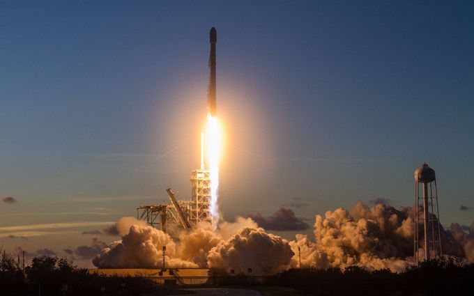 SpaceX провела новий запуск ракети: з'явилося відео