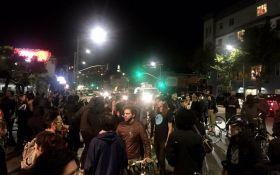 В США не стихают протесты, полиция применила газ: появились новые видео