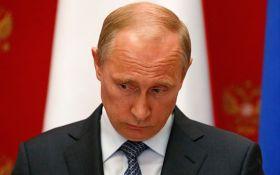 Утерся: Путин все же не решился на громкий ответ США