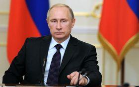 Путін поскаржився Меркель і Олланду на блокаду Донбасу