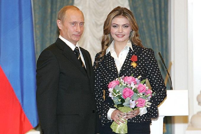 «Любовнице Путина» отдают одну из главных российских газет