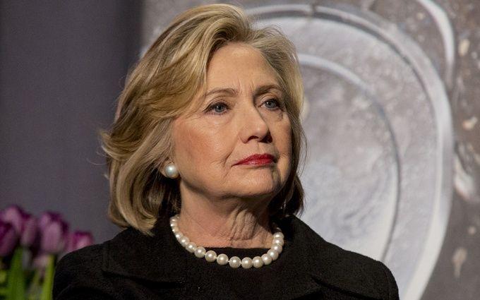Клінтон зробила несподіване звернення до ФБР