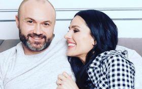 Украинская телезвезда трогательно поздравила мужа с днем рождения: опубликовано фото