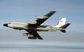 Военный самолет США срочно прилетел в оккупированный Крыму