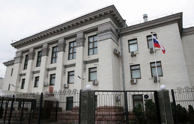 Російські вибори почалися і в Україні: з'явилися подробиці