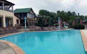 В Харькове в бассейне развлекательного заведения утонул двухлетний мальчик