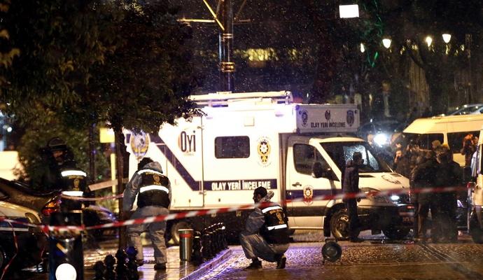 Жертв теракта в Стамбуле стало больше