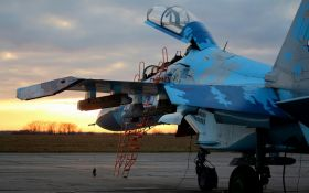 Во время военных учений на Житомирщине разбился истребитель Су-27, пилот погиб: первые детали трагедии