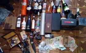Полиция задержала криминального авторитета с Донбасса: появились фото