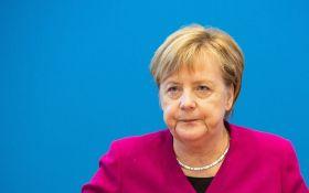Ни дня без скандала: Меркель жестко раскритиковала новую выходку Трампа