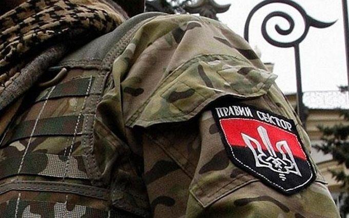 """Суд над бійцями """"Правого сектора"""" в Мукачевому вилився в безлади: з'явилися відео"""