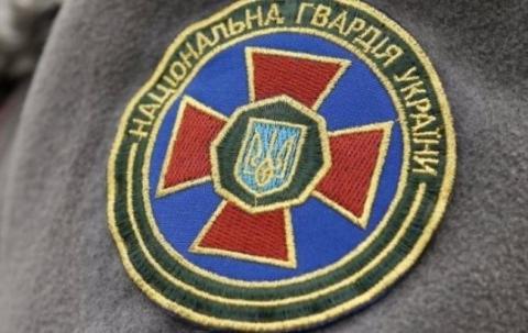 Яценюк обіцяє військовослужбовцям Нацгвардії 250 квартир до кінця року