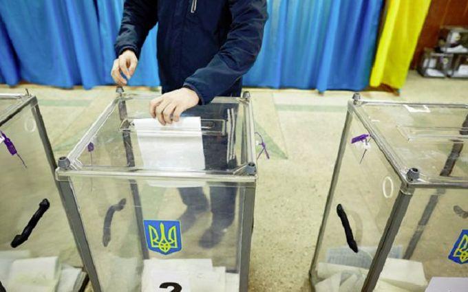 Президентські вибори 2019: як голосуватимуть військові