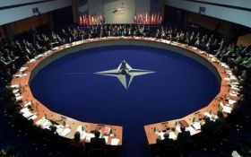 Выход заблокирован: почему США не смогут покинуть НАТО