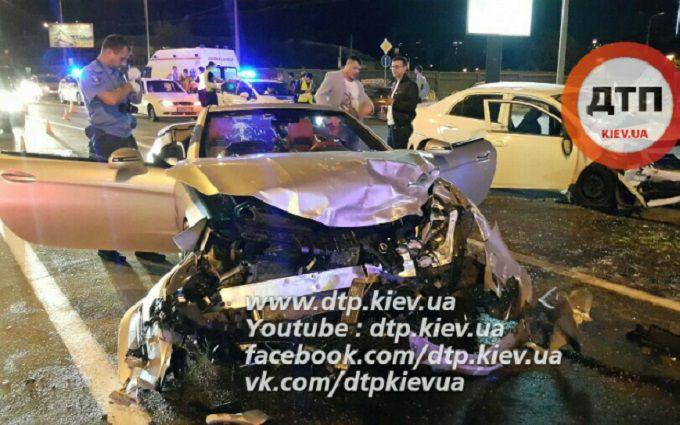 П'яне VIP-ДТП в Києві: з'явилося відео моменту аварії
