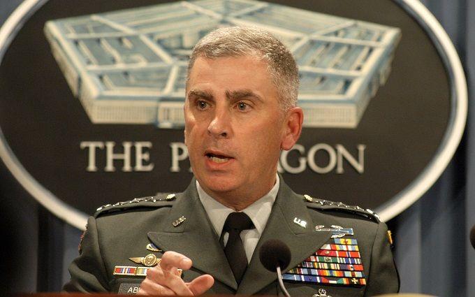 Екс-глава армії США особисто займеться Україною: стали відомі подробиці