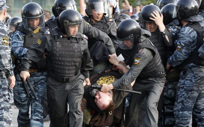 В России ухудшилась ситуация с правами человека - правозащитники