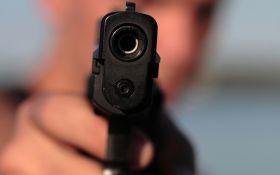 Підстрелив з необережності: в Києві поранили українську журналістку