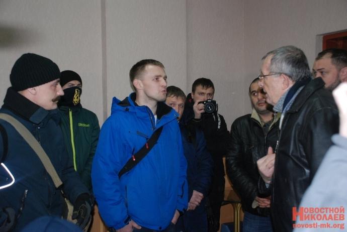 В Николаеве сорвали пропагандистскую акцию партии Медведчука: появились фото (10)