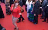 Российская модель потеряла платье на Каннском фестивале: опубликовано курьезное видео