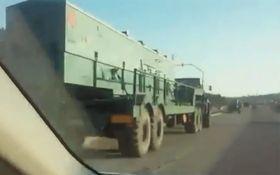 В Крыму заметили новые военные колонны армии РФ: опубликовано видео