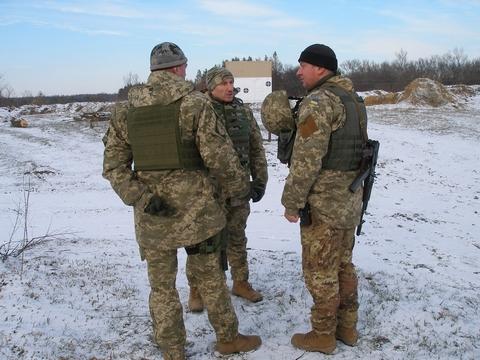 В зоне АТО провели инструкторско-методическое занятие с командирами подразделений (9 фото) (1)