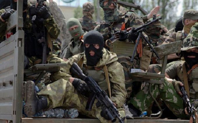 На Донбасі бойовики нишком проводять мобілізацію: що відбувається