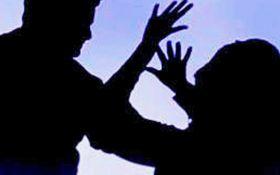 Чоловік з наметового містечка під Радою пограбував і намагався зґвалтувати жінку