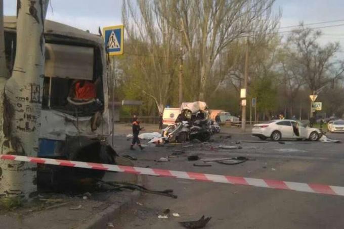 Жуткое ДТП в Кривом Роге, много погибших: появились фото (2)