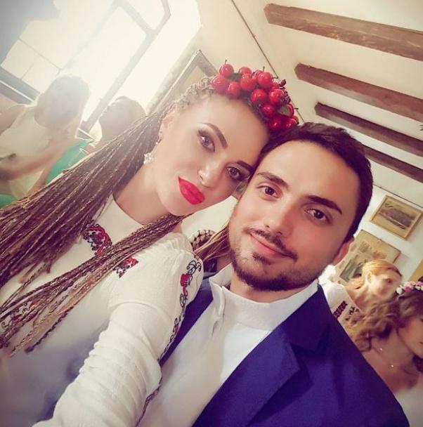 З'явилися перші фото з весілля відомого продюсера і української співачки (1)