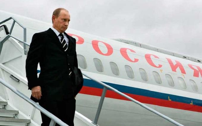 Літак Путіна помітили на шляху до Криму