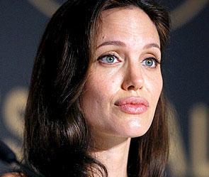 У Анджелины Джоли проблемы с детьми