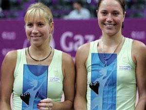 Сестры Бондаренко с победами продвигаются в Открытом чемпионате Франции